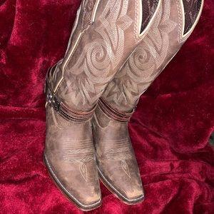 Woman's Durango Boots 6 1/2